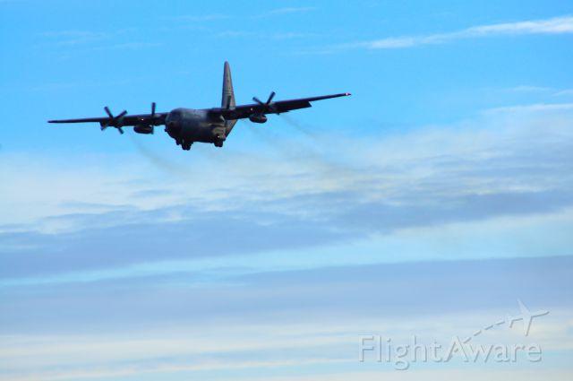 Lockheed C-130 Hercules (N30487) - Approach to RWY 1