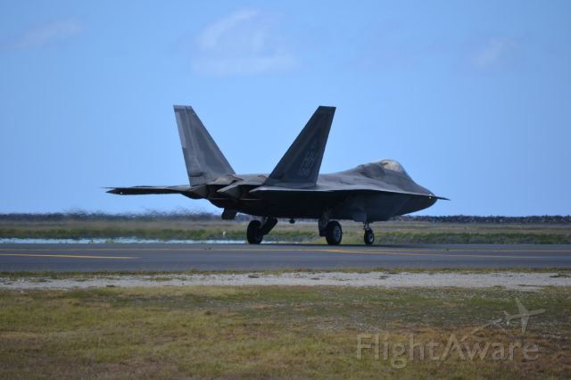 Lockheed F-22 Raptor — - An F22 heading out to the reef runway at PHNL.