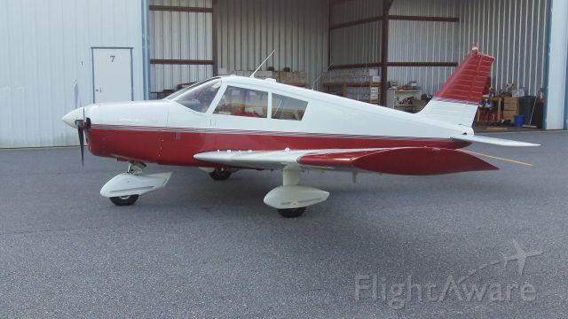 Piper Cherokee (N4403J)