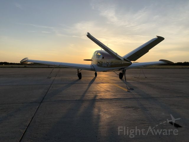 Beechcraft 35 Bonanza (N4FH)