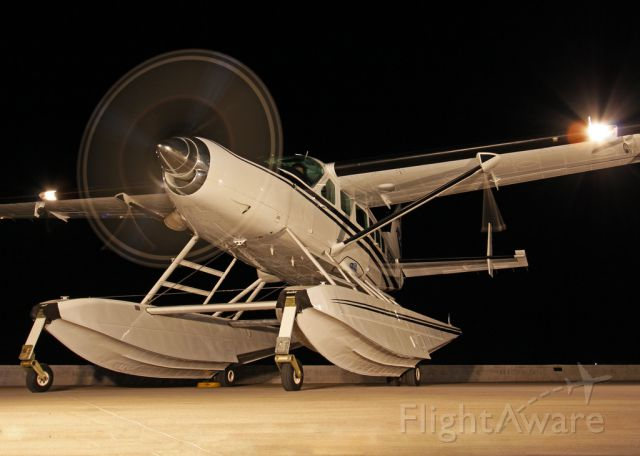 Cessna Caravan (N32009) - Thank you to the AzAP for allowing me to get this shot with them.  Joe, Matt, Jay, and the rest, thank you for having such a fine organization.  I had a blast, and met some great people that night!