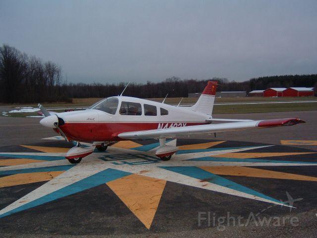 Piper Cherokee (N4483X)