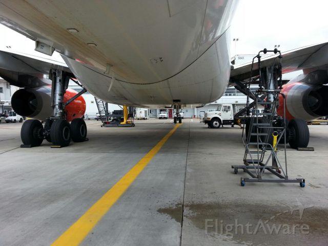 Airbus A330-300 (LN-RKO)