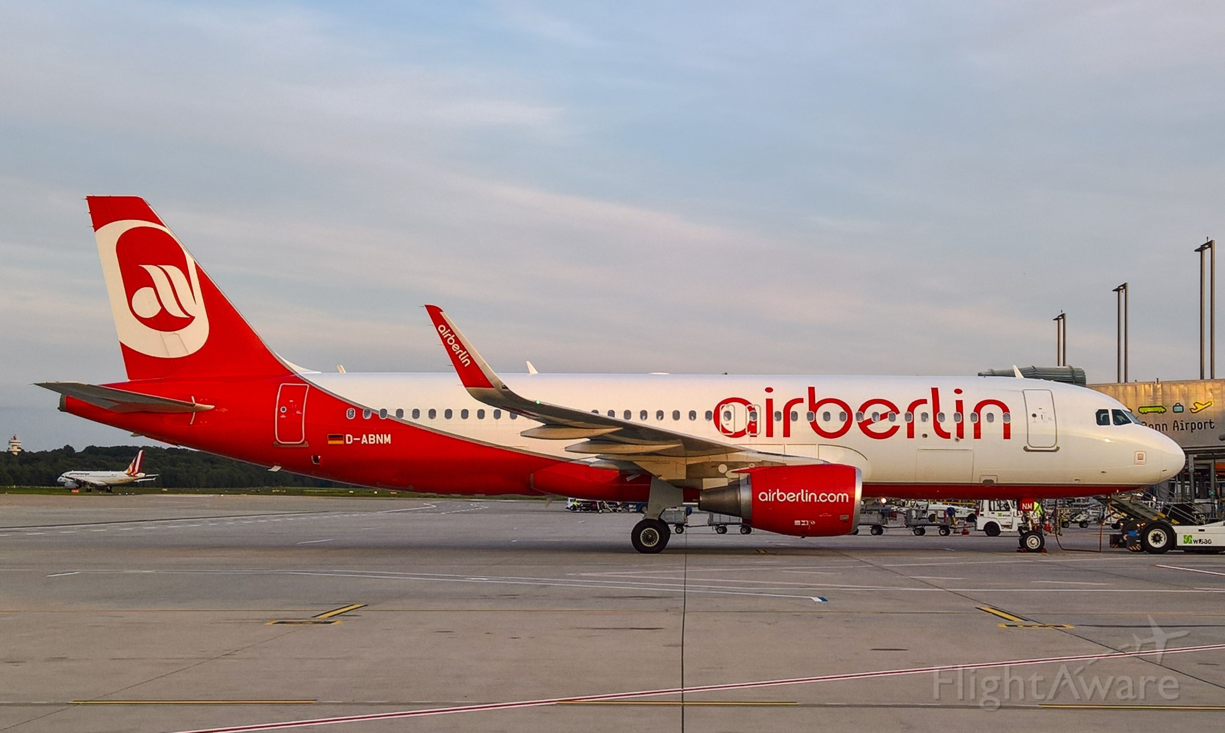 Airbus A320 (D-ABNM)