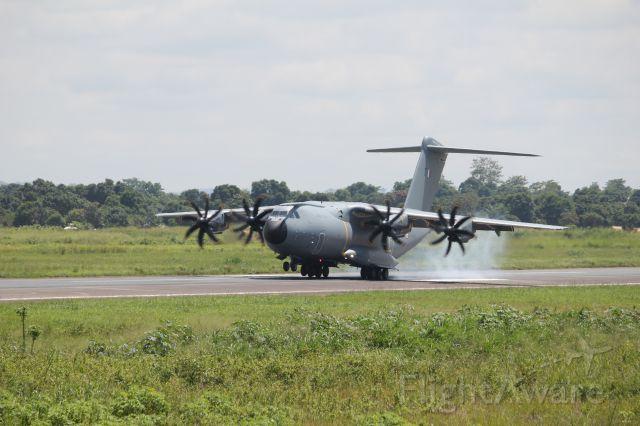 AIRBUS A-400M Atlas — - atterrissage dun A400M à Bangui