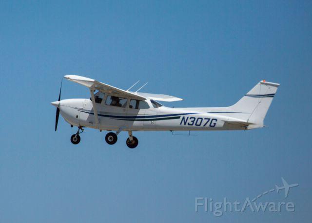 Cessna Skyhawk (N307G) - Cessna 172M flying at KCVH Hollister, CA - June 28th, 2018