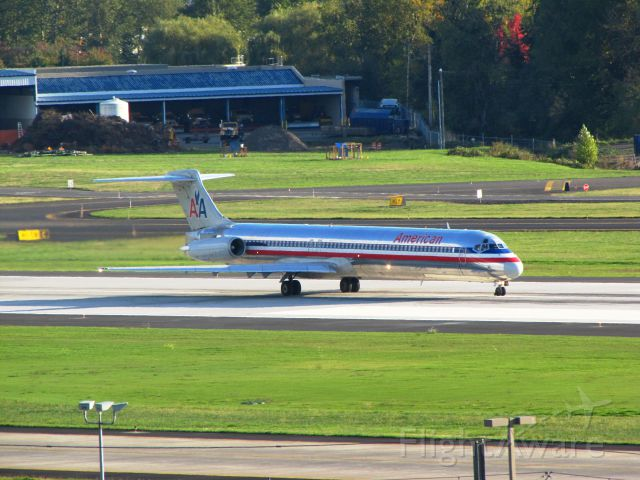 McDonnell Douglas MD-83 (N9406W)