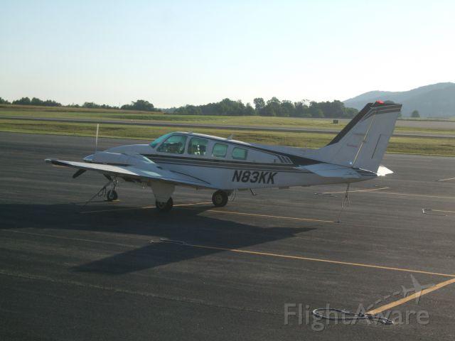 Beechcraft Baron (58) (N83KK)