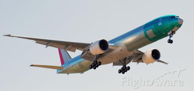 BOEING 777-300 (JA741J) - New Japan Air Boeing 777-346(ER) arriving at Portland for Paint
