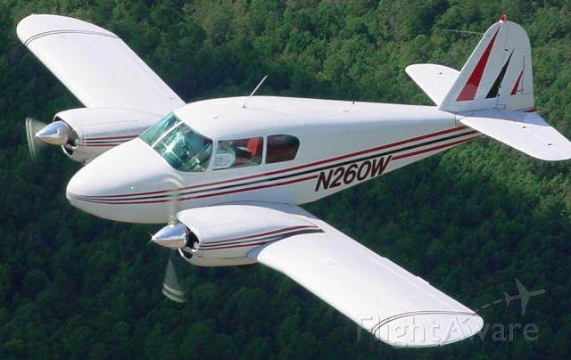 Piper Apache (N260W)