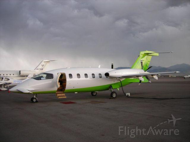 Piaggio P.180 Avanti (N5166P) - Departing SLC for SJC...