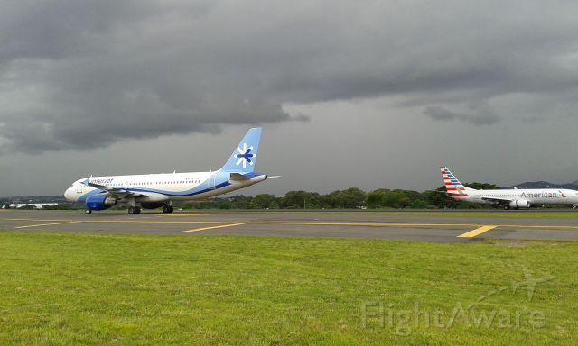 Airbus A320 (XA-FOG)