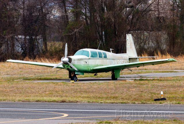 Mooney M-20 (N3856N)