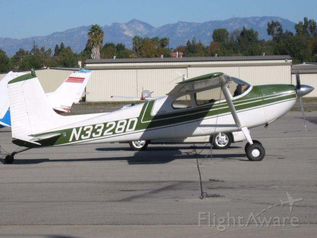 Cessna Skywagon 180 (N3328D) - Parked at Fullerton