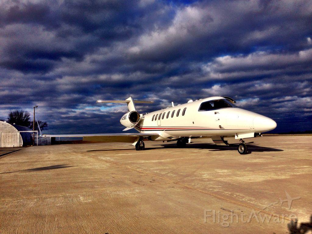 Learjet 45 (N528JJ) - Follow @jcwallace on Instagram for more photos