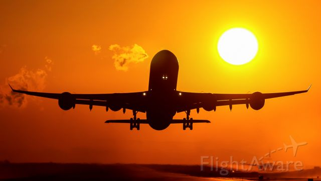 Airbus A340-600 (EC-JLE) - FULL SUNSET, DEPARTURE FROM SAN JOSE TO MADRID BARAJAS SPAIN