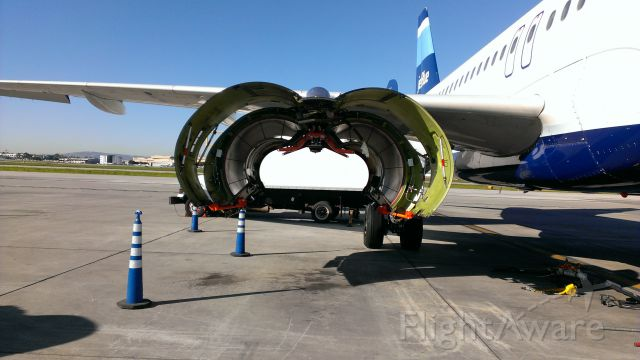 Airbus A320 (N636JB) - Needs a new engine!