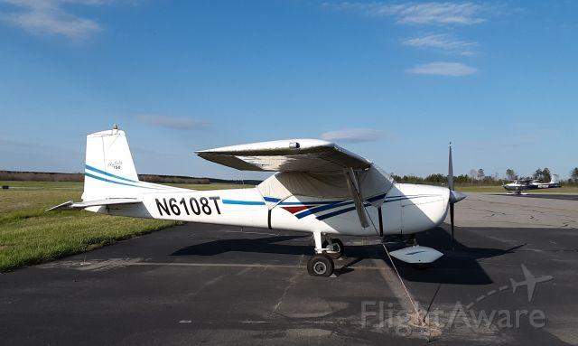 Cessna Commuter (N6108T)