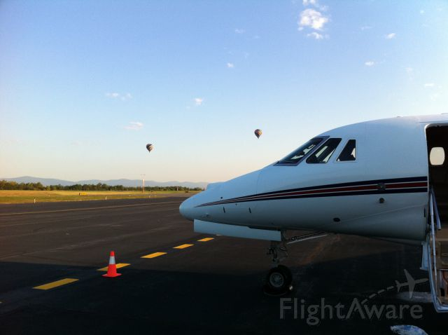 Cessna Citation X (FIV702) - Early morning in CHO