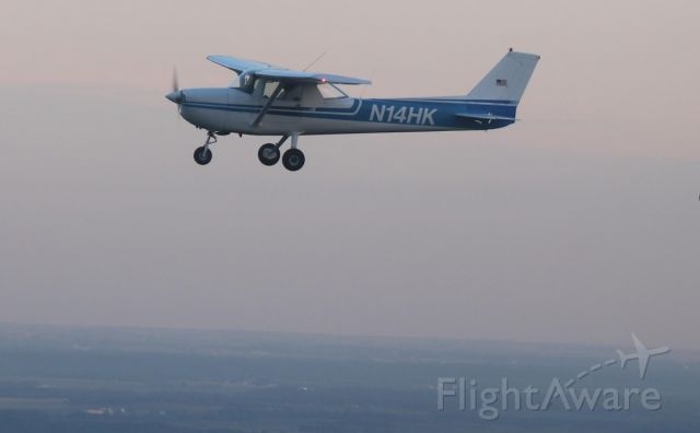 Cessna Commuter (N1234) - In Flight
