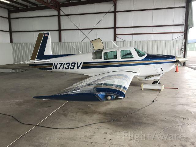Mooney M-20 (N7139V)
