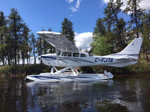 Cessna 206 Stationair (C-FJTA)