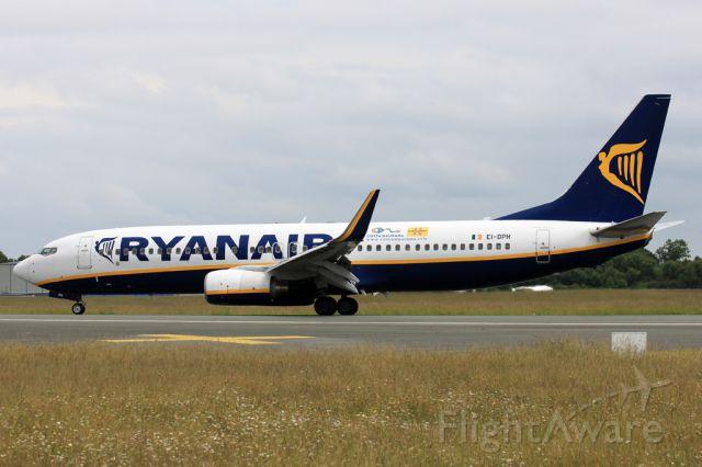 Boeing 737-800 (EI-DPH)