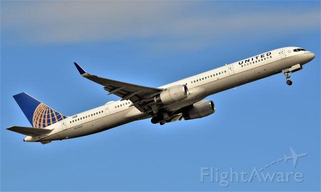 Boeing 757-200 (N57864) - United 757-300 departs off of Runway 15R at Bush Intercontinental Airport in Houston, Tx.