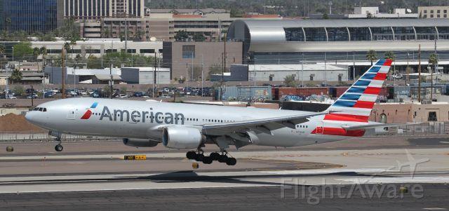 Boeing 777-200 (N776AN)