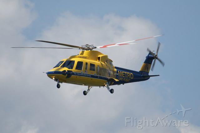 Sikorsky S-76 (N761MH)