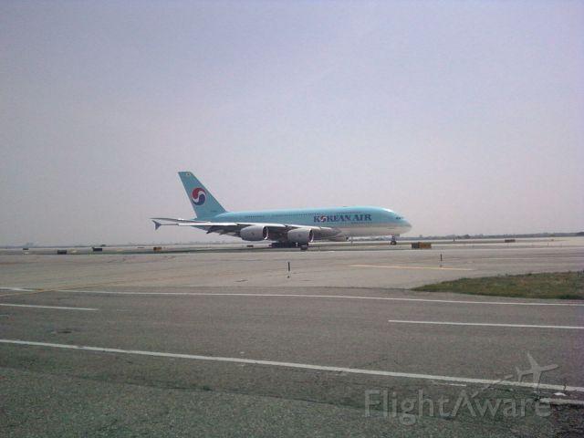 Airbus A380-800 — - Korean A380 ready for take-0ff
