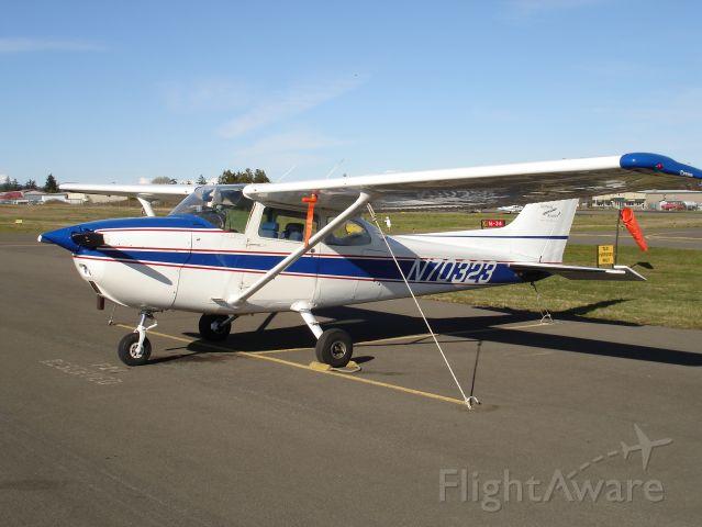Cessna Skyhawk (N70323) - 1976 Cessna 172M; 160 hp Lycoming engine.