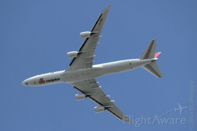 BOEING 747-8 (LX-VCD) - March 25, 2012 - passing over Wheaton, IL on downwind for 10 at ORD.
