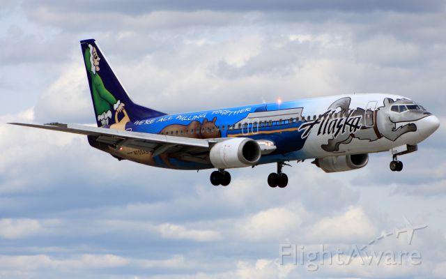 Photo Of Alaska Airlines B734 N705as Flightaware