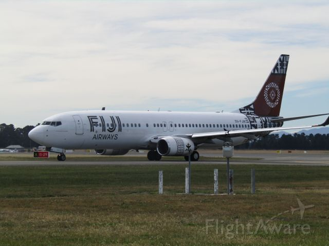 Boeing 737-800 (DQ-FJM)