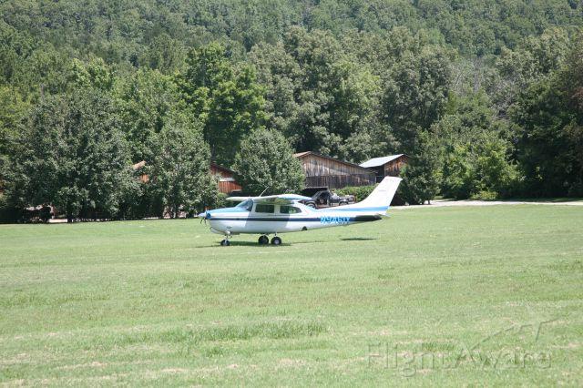 Cessna Centurion (N9461Y) - N9461Y,  T210N