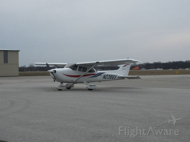 Cessna Cutlass RG (N2386V)