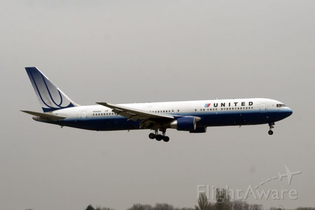 BOEING 767-300 (N641UA) - Arriving on 02-Apr-09 operationg flight UAL938 from KORD.