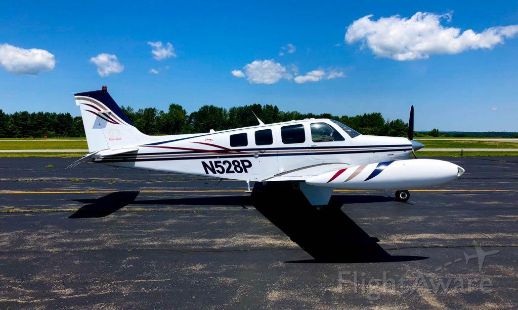Beechcraft Bonanza (36) Turbo (N528P)
