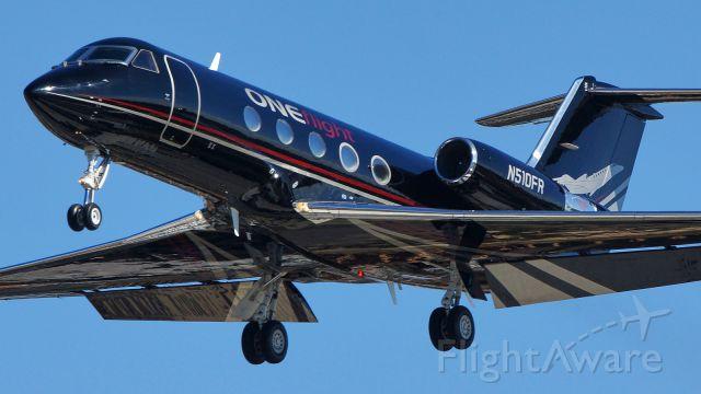 Gulfstream Aerospace Gulfstream 3 (N510FR) - 31L approach.