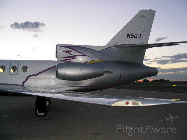 Dassault Falcon 50 (N50J) - Stopped in for Dove Season September 2004. Currenly N896DA