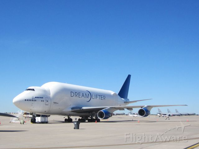 Boeing 747-400 —