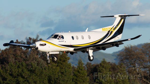 Pilatus PC-12 (N657EZ)
