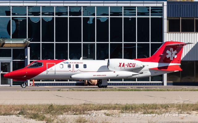 Learjet 35 (XA-ICU)