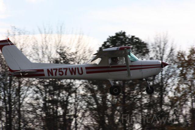 Cessna 152 (N757WU) - Taken 11-12-12