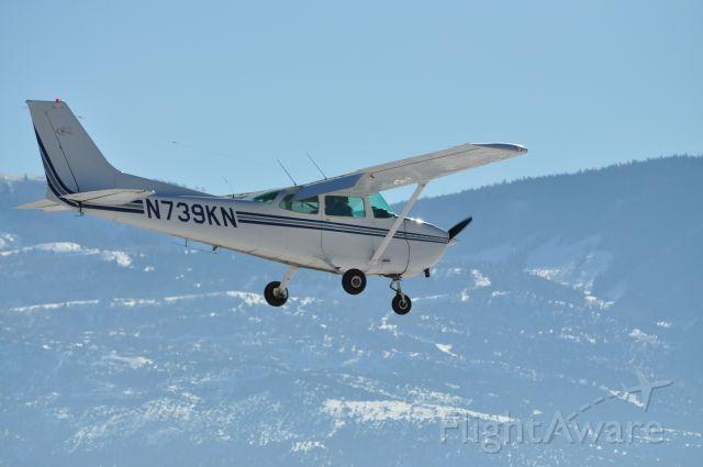 Cessna Skyhawk (N739KN) - On approach to Cedar City, UT.