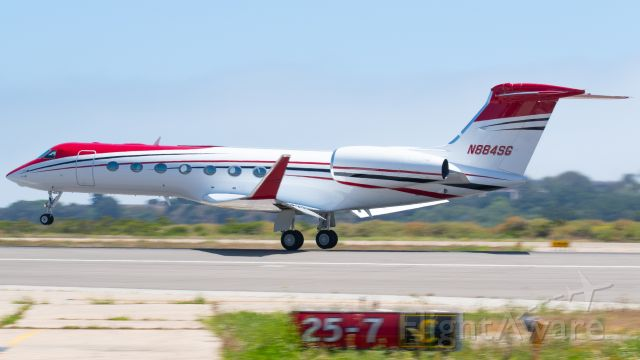 N884SG — - A relatively new member of the Jet Edge fleet headed to Van Nuys after hopping from Teterboro