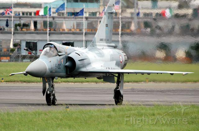 DASSAULT-BREGUET Mirage 2000 —