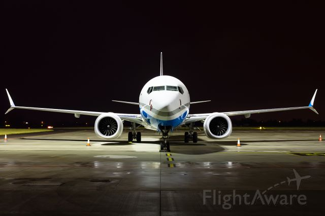 Boeing 737 MAX 8 (SP-EXA) -  Boeing 737 MAX 8 SP-EXA Enter Air is the first of its kind in the Enter Air fleet.