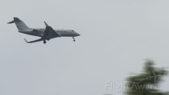 Gulfstream American Gulfstream 2 (N865AA) - A sleek looking Gulfstream 2 on final to Capitol City Airport (KFFT).....
